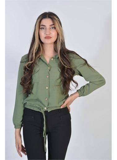 Zeren Kadın Yeşil Belden Sıkma Düğmeli Gömlek Yeşil